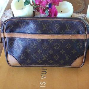 Authentic Louis Vuitton clutch bag